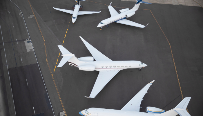 Trois taille de jets privés